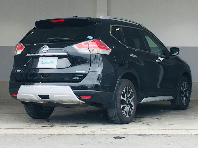 【CARMATEドライブレコーダー】走行中の車内外を360°撮影することができるので、通常のドラレコでは撮りきれない横方向からの突然の飛び出しや、後方からの無理な追い抜きなども逃さず記録します!