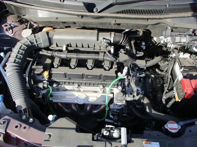 低燃費でパワフルなエンジン。そして静かです。走行距離数の少ないのでエンジンも新鮮です。無駄の少ない高効率なシステムです。