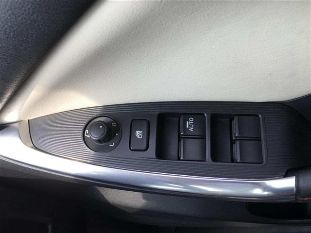 XD Lパッケージ 4WD 革シート クルコン 純正SDナビ(17枚目)