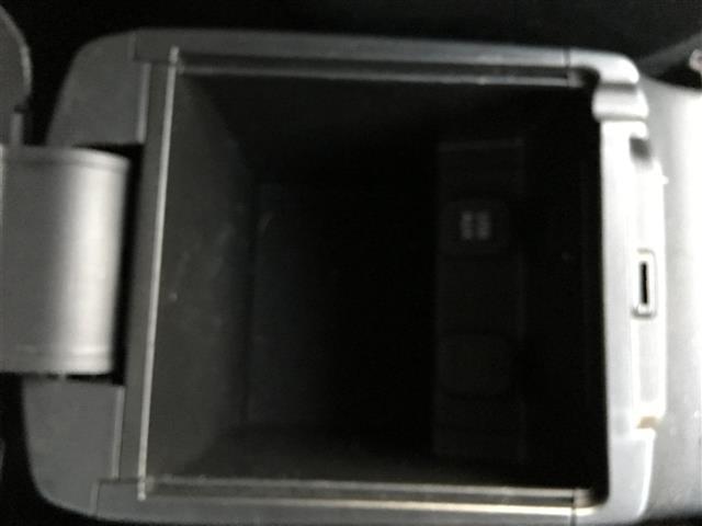 マツダ アテンザワゴン XD メモリーナビ フルセグ バックカメラ DVD再生ETC