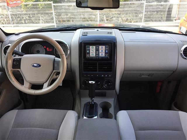 「フォード」「エクスプローラー」「SUV・クロカン」「福岡県」の中古車3