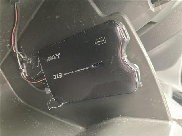 XD サンルーフ ナビ 電動シート BOSEサウンド クルーズコントロール スマートキー2本 バックカメラ ETC パドルシフト シートヒーター アイドリングストップ 純正18インチアルミホイール フォグ(2枚目)