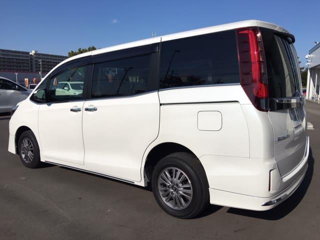 「トヨタ」「エスクァイア」「ミニバン・ワンボックス」「北海道」の中古車14