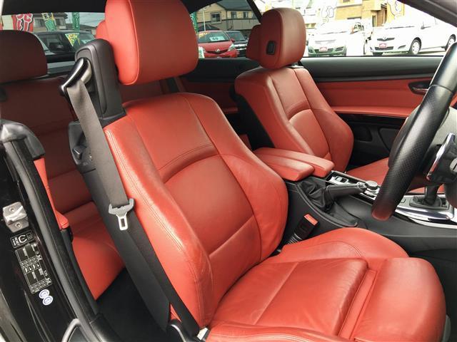 BMW BMW 3シリーズカブリオレ Mスポーツ 本革シート 19インチAW
