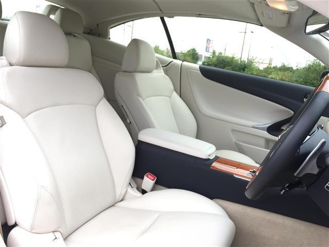 「レクサス」「IS」「オープンカー」「愛知県」の中古車3
