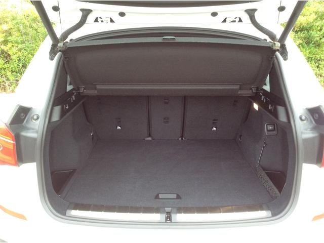xDrive 18d Mスポーツ 黒革シート 後席モニター コンフォートPKG(49枚目)