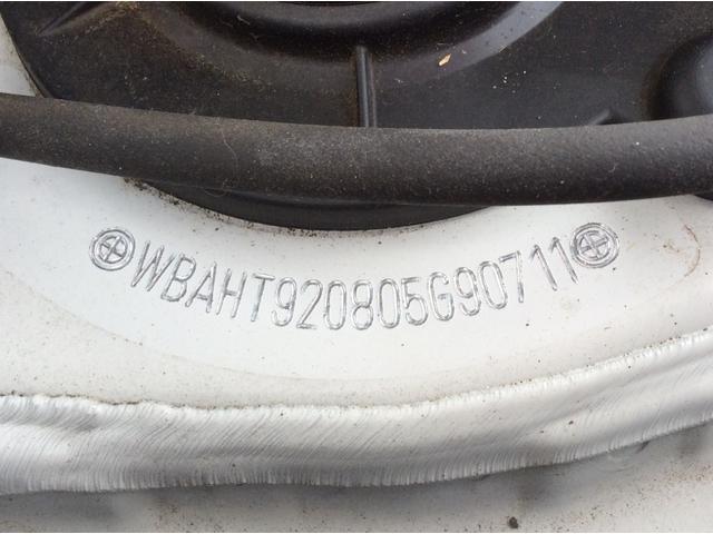 xDrive 18d Mスポーツ 黒革シート 後席モニター コンフォートPKG(75枚目)