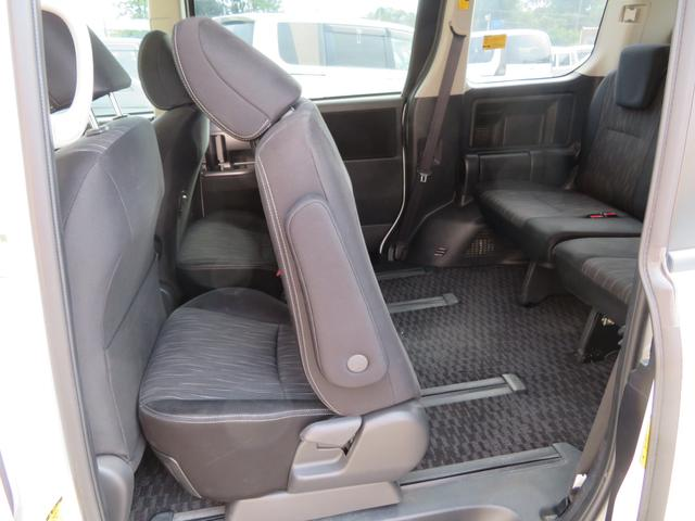 「トヨタ」「ヴォクシー」「ミニバン・ワンボックス」「千葉県」の中古車35