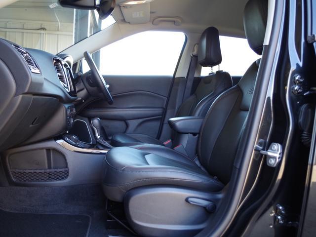「その他」「クライスラージープ コンパス」「SUV・クロカン」「高知県」の中古車38