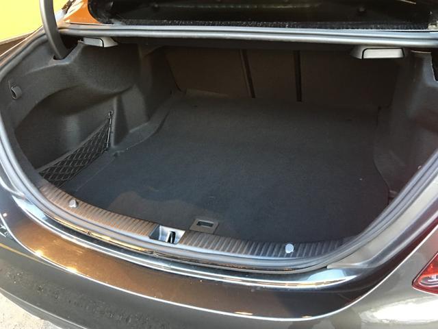 C220dローレウスエディションスポーツプラスパック Apple CarPlay・レーダーセーフティpkg・純正HDDナビ・Bカメラ・地デジTV・ヘッドアップD・フットオープナー・LEDヘッド(8枚目)