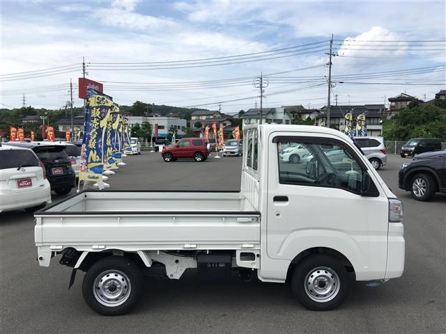 農用スペシャル 5MT 4WD 純正ラジオ 荷台ゴムマット(9枚目)