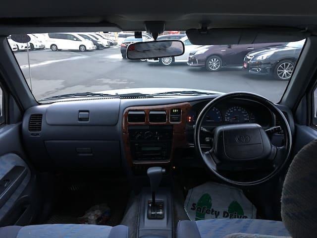 「トヨタ」「ハイラックススポーツピック」「SUV・クロカン」「岡山県」の中古車3