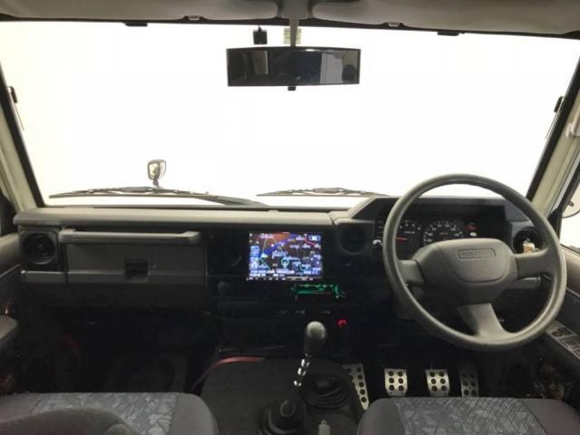 トヨタ ランドクルーザー70 4.2 ZX ディーゼル 4WD