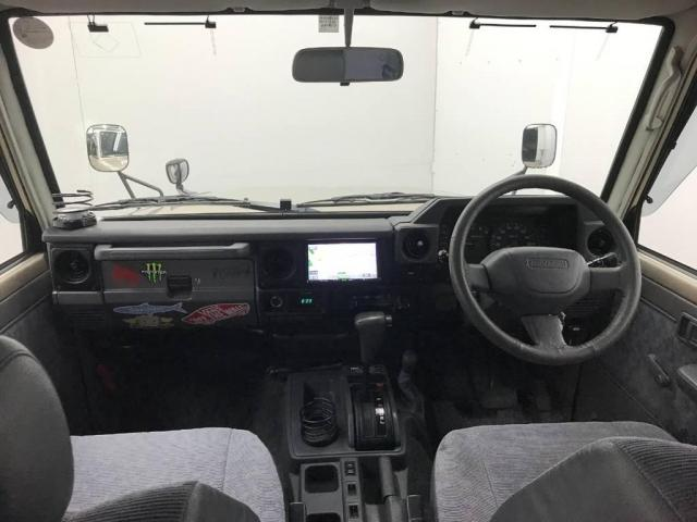 4.2 LX ディーゼル 4WD(10枚目)