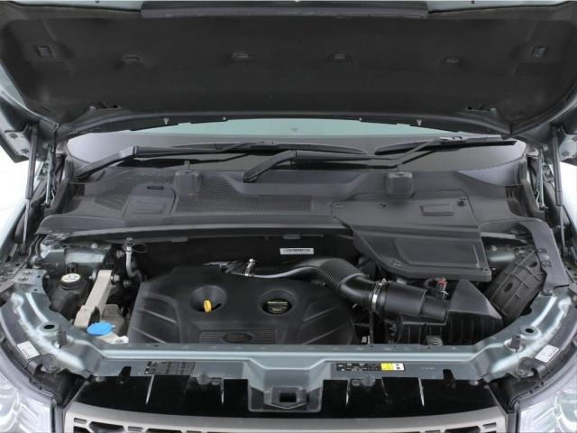 エンジンは2000ccのガソリンターボ!9速ATとの組み合わせでスムーズに加速します!