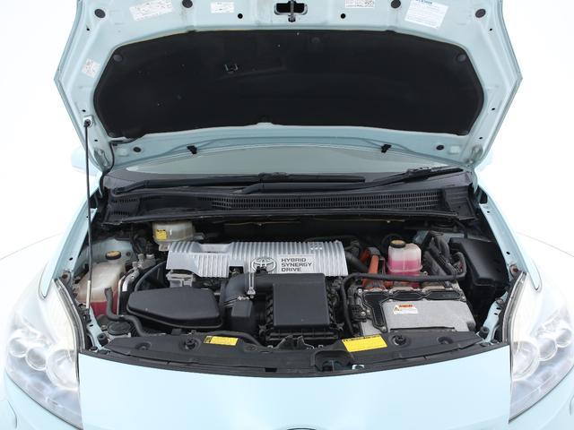 エンジンは1800cc+ハイブリットの組み合わせとなっております。エコ走行はもちろんパワーモードにすれば軽快な加速を体験可能です。