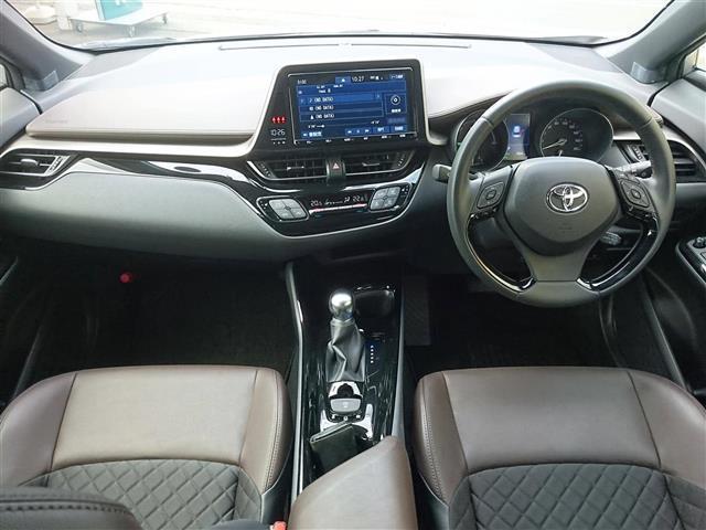 「トヨタ」「C-HR」「SUV・クロカン」「大分県」の中古車3