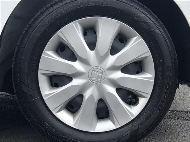 C ワンオーナー 純正CDオーディオ USB AUX アイドリングストップ キーレスキー×2 純正フロアマット ドアバイザー ヘッドライトレベライザー ベンチシート 取扱説明書 新車時保証書(14枚目)