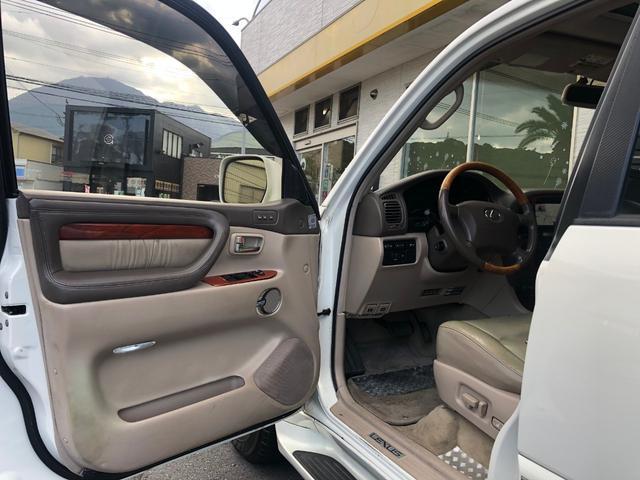 「レクサス」「LX」「SUV・クロカン」「大分県」の中古車28