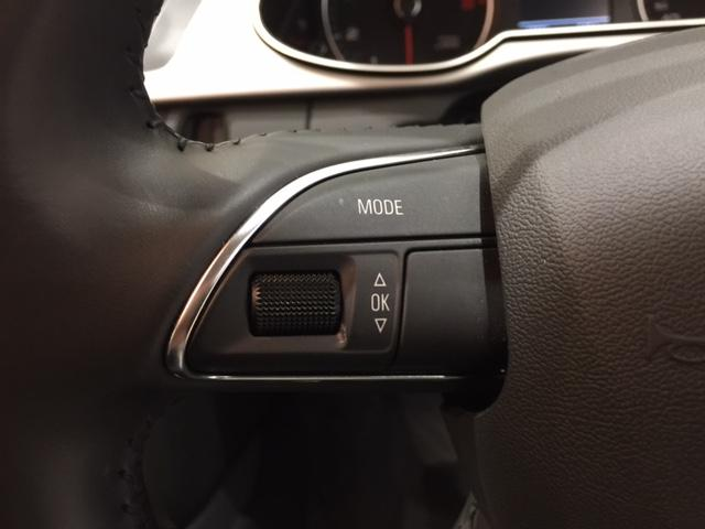 アウディ アウディ A4アバント アバント 2.0 TFSI 本革 純HDDナビ Pシート