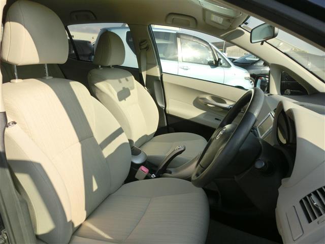 トヨタ オーリス 180G グレージュセレクション ワンオーナー Bカメラ