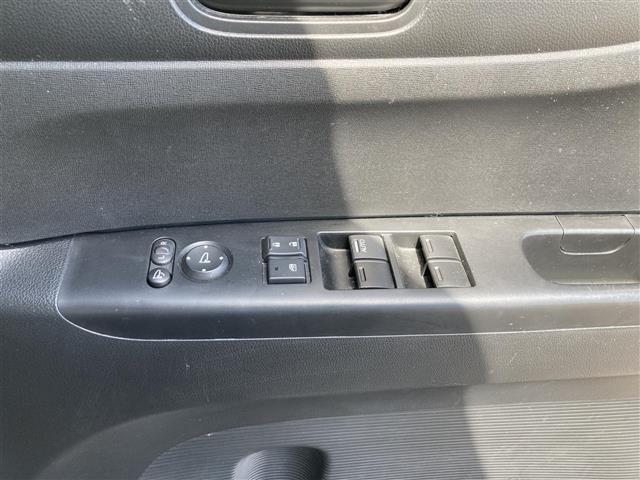 G SSパッケージ ワンオーナー 両側電動ドア アイドリングストップ スマートキー 純正14インチアルミホイール スタッドレスタイヤ(20枚目)