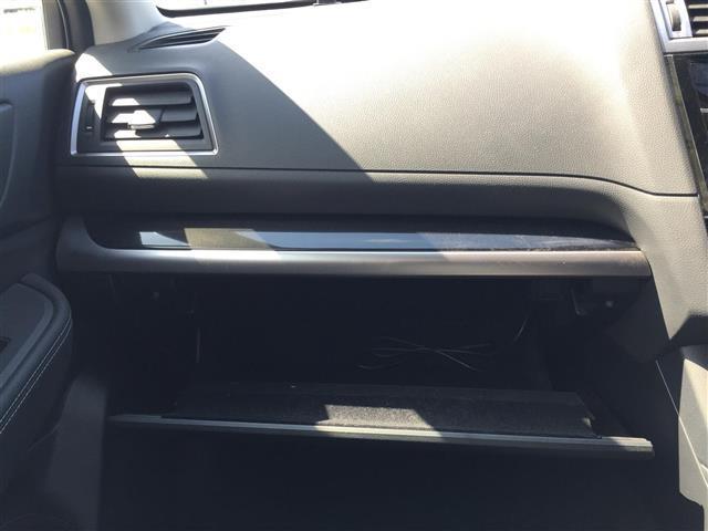リミテッド 4WD 衝突軽減装置  革シート メモリーナビ フルセグTV バックカメラ ETC レーダークルーズコントロール パワーバックドア シートヒーター LEDヘッドライト パワーシート(14枚目)