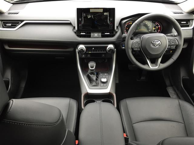 G Zパッケージ 衝突軽減ブレーキ レーダークルコン 4WD オートブレーキホールド サンルーフ パワーバックドア LEDヘッドライト レーンキープアシスト ステアリングヒーター 前席シートヒーター パワーシート(3枚目)