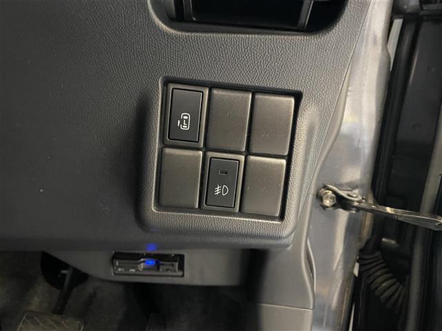 ハイウェイスター 純正ナビ Bluetooth接続 バックカメラ 片側電動ドア スマートキー キセノンヘッドライト フォグランプ E T C(8枚目)