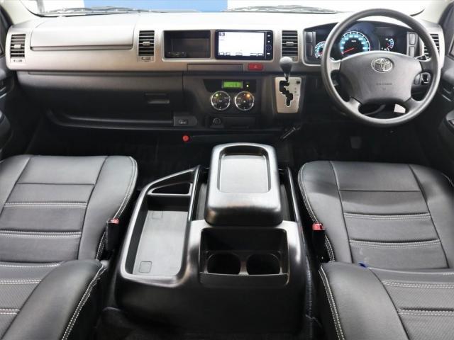 【H24 3型後期レジアスエースV 4WD】