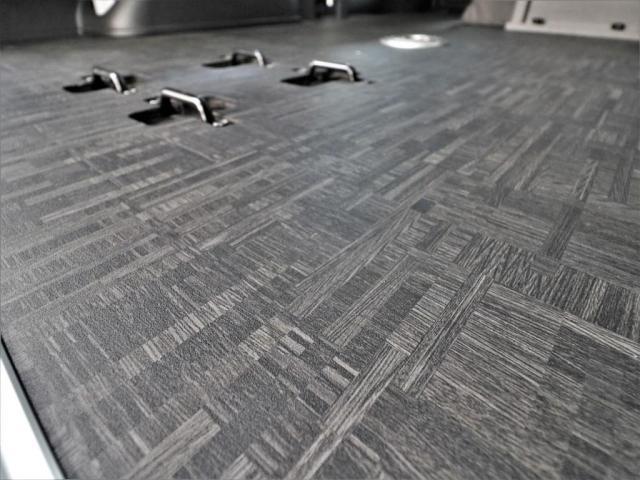 重歩行用床張りでお掃除もラクラク!