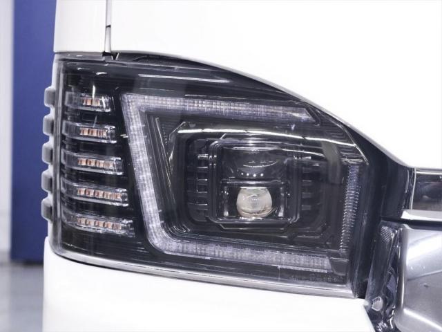 マルチロールトランスポータータイプII 寒冷地仕様 レガンスフルエアロ ヴァレンティヘッドライト 415コブラテールランプ サブモニター フリップダウンモニター 新品20インチアルミ 新品シートカバー(11枚目)