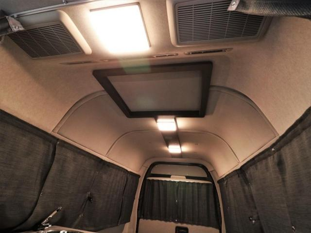DX ロング GLパッケージ パノラミックビュー デジタルインナーミラー リアヒータークーラー FLEXキャンピング NH-TYPE2 冷蔵庫 サブバッテリー 外部充電 FFヒーター 8人乗り8ナンバー(5枚目)
