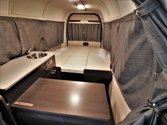 DX ロング GLパッケージ パノラミックビュー デジタルインナーミラー リアヒータークーラー FLEXキャンピング NH-TYPE2 冷蔵庫 サブバッテリー 外部充電 FFヒーター 8人乗り8ナンバー(7枚目)
