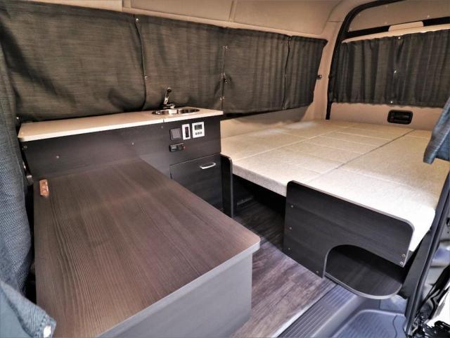 DX ロング GLパッケージ パノラミックビュー デジタルインナーミラー リアヒータークーラー FLEXキャンピング NH-TYPE2 冷蔵庫 サブバッテリー 外部充電 FFヒーター 8人乗り8ナンバー(8枚目)
