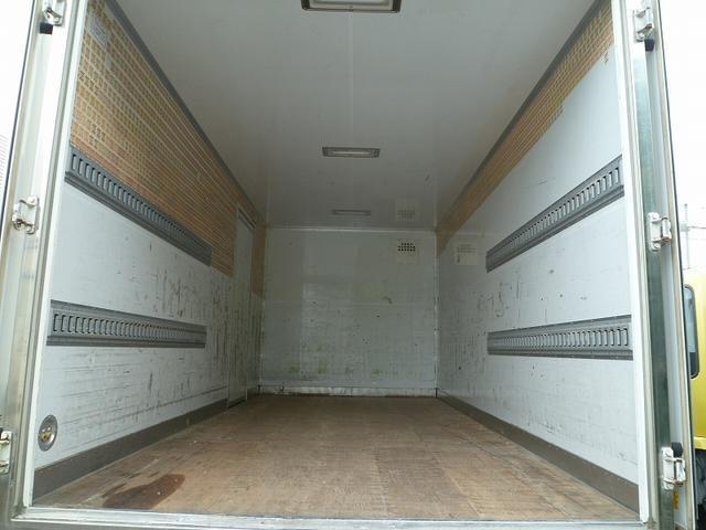 3.5t超ワイドロング 保冷バン 3枚扉 サイドドア 高床(5枚目)