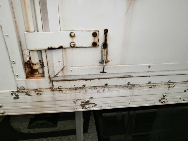 4t標準 冷蔵冷凍車 低温 格納パワーゲート 載替H7年式(16枚目)