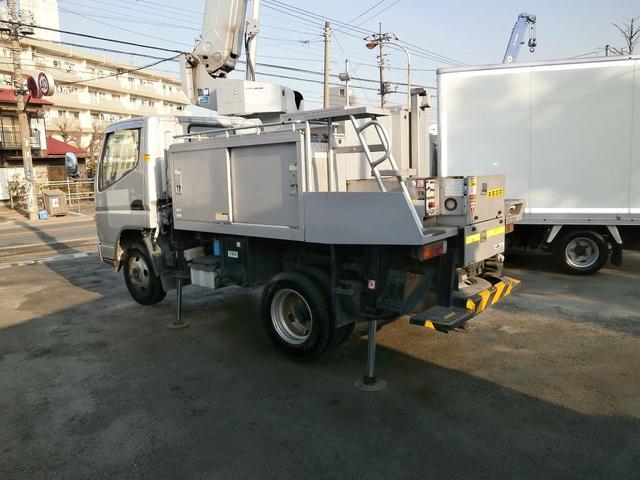 8m高所作業車 アイチ製 SE08A バケットFRP 4WD(5枚目)