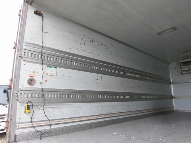 4t標準 冷蔵冷凍車 低温  格納パワーゲート ベッドレス(7枚目)