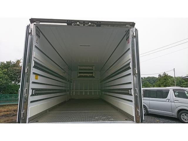 4t標準 冷蔵冷凍車 低温 サイドドア ベッド付 エアサス(19枚目)