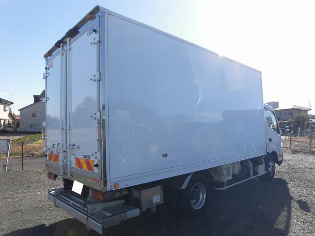 3tワイドロング 冷蔵冷凍車 低温 格納パワーゲート(7枚目)