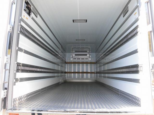 4t標準 冷蔵冷凍車 低温 格納ゲート ベッド付 エアサス(5枚目)