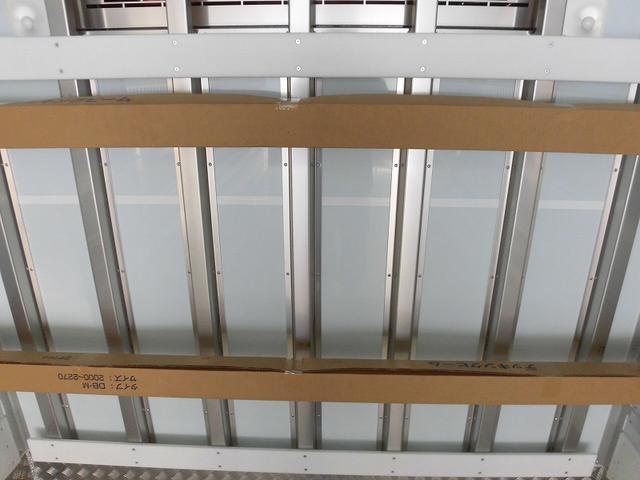 4t標準 冷蔵冷凍車 低温 格納ゲート ベッド付 エアサス(15枚目)