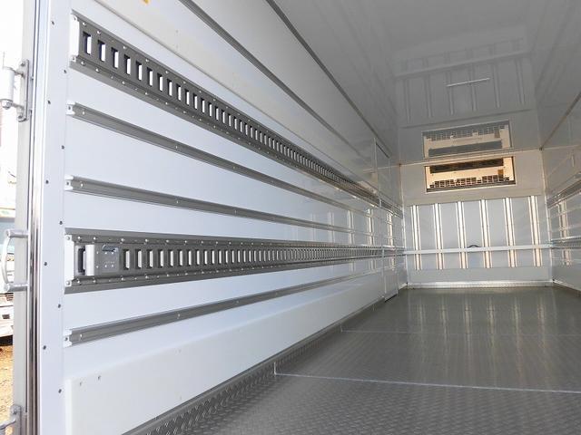 4t標準 冷蔵冷凍車 低温 サイドドア ベッド付 エアサス(5枚目)