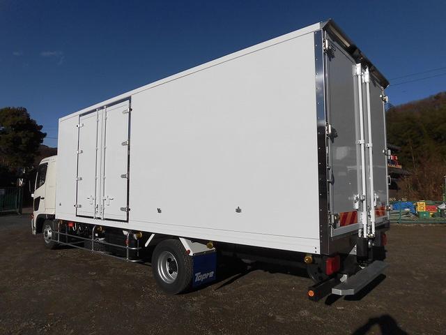 4tワイド 冷蔵冷凍車 低温 サイドドア ベッド付 エアサス(4枚目)