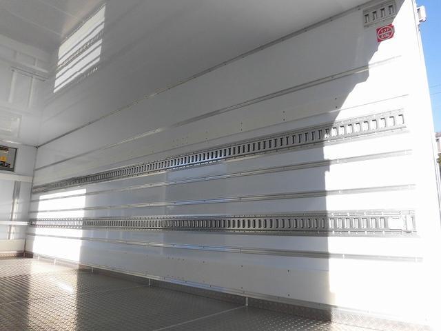 4tワイド 冷蔵冷凍車 低温 サイドドア ベッド付 エアサス(7枚目)