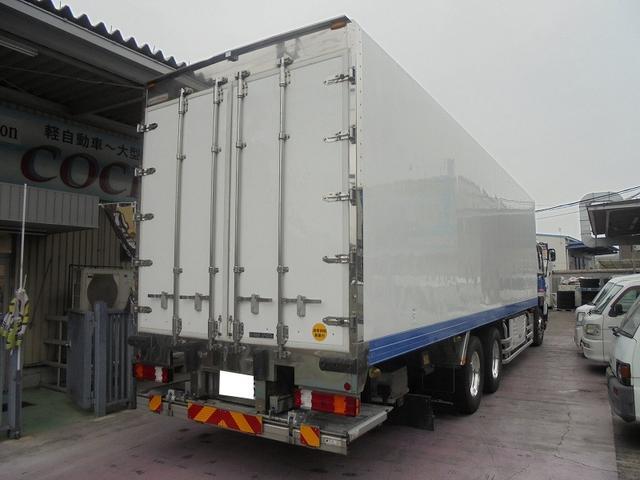 10t 冷蔵冷凍車(4枚目)