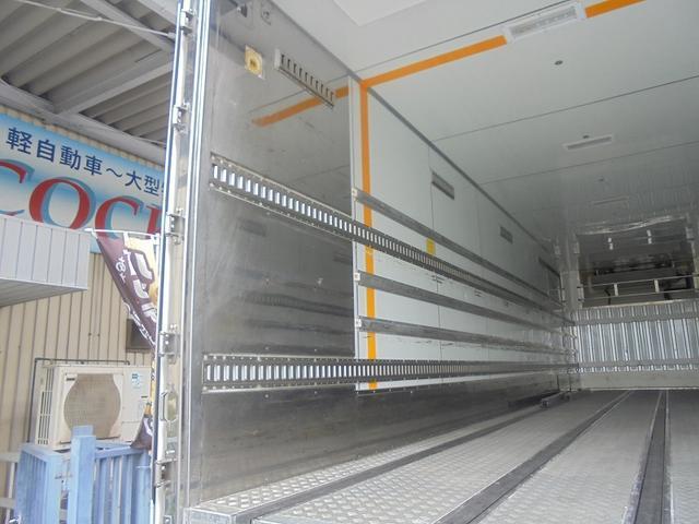 10t 冷蔵冷凍車(6枚目)