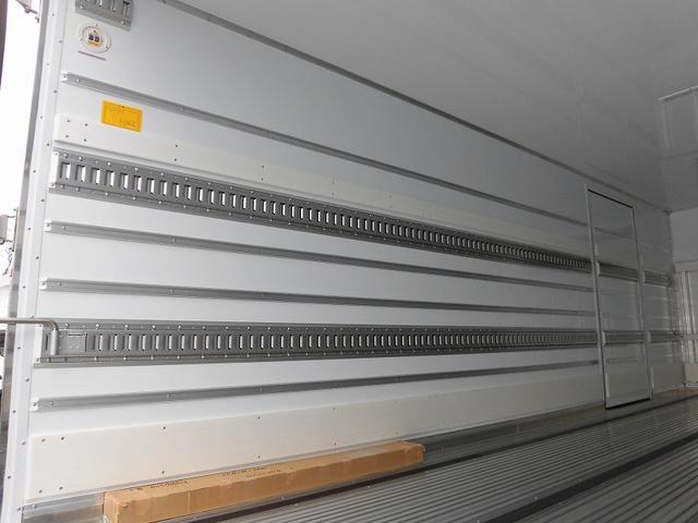 4tワイド 冷蔵冷凍車低温 ジョロダー4列サイドドアベッド付(7枚目)