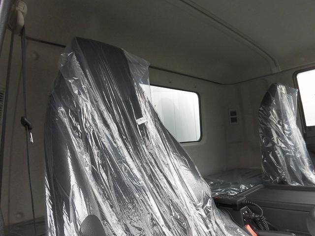 4tワイド 冷蔵冷凍車低温 ジョロダー4列サイドドアベッド付(12枚目)